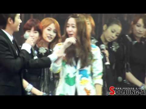 110823 f(x) Krystal & Kwanghee(ZE:A) Dancing NU ABO