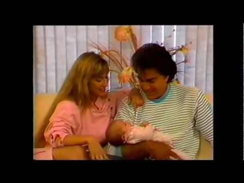 José Luis Rodriguez-El Puma-Entrevista Con Carolina y Genesis en vivo con Vodanovic.1987