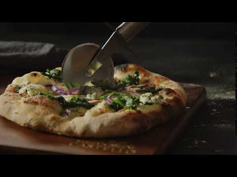 Herätä aistisi - Castello Crumbly Blue – Pizza Bianca