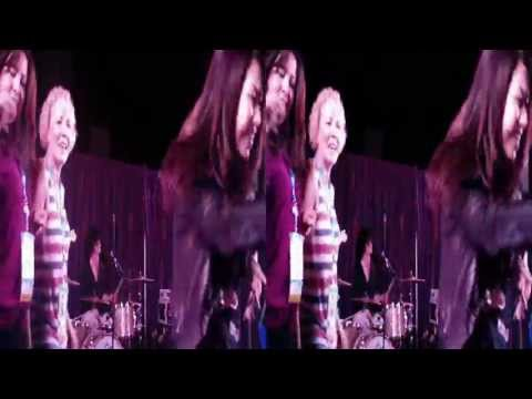 Wonderbread 5 performs @ Dreamforce 2012 (YT3D:Enabled=True)