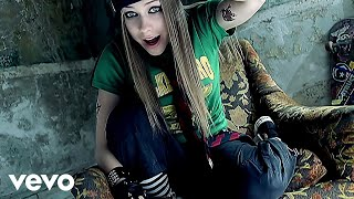 Avril Lavigne - Sk8er Boi (Official Music Video)