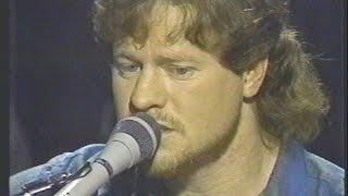 Diggin' Up Bones - Paul Overstreet (Randy Travis) - Live
