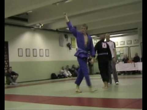 A BJJ Highlight of My Blue Belt Matches in 2004-2005