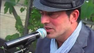 Bekijk video 4 van Jim the Piano Traveller op YouTube