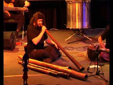 Comin & Goin - Didgeridoo-Solo performed by Alex Mayer