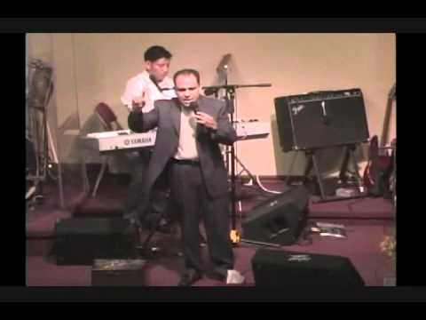 PASTOR MANOLO BARRIENTOS - IGLESIA DE ADORACION FAMILIAR