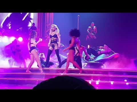 Piece Of Me 19 AUG 2017 - Britney performs I'm a Slave 4 U