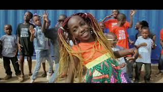 Mama La Star - Vas-y molo molo (Clip Officiel)