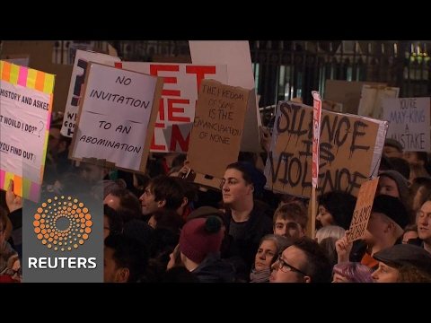 Tens of thousands protest in British cities against Trump's travel ban