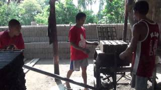 Concrete Block Making By Lever and Mould in the Philippines!