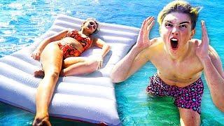 HOT GIRLFRIEND WAKES UP IN OCEAN!! **Prank**