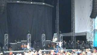 Darius Rucker Introduction at Country Fest 2010