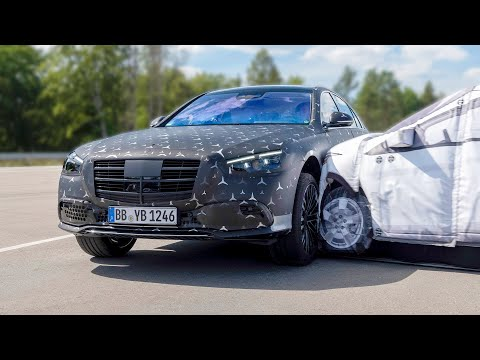 NEW 2021 Mercedes S-CLASS ? Safety Features | World-First Airbag For Rear-Seat Passengers