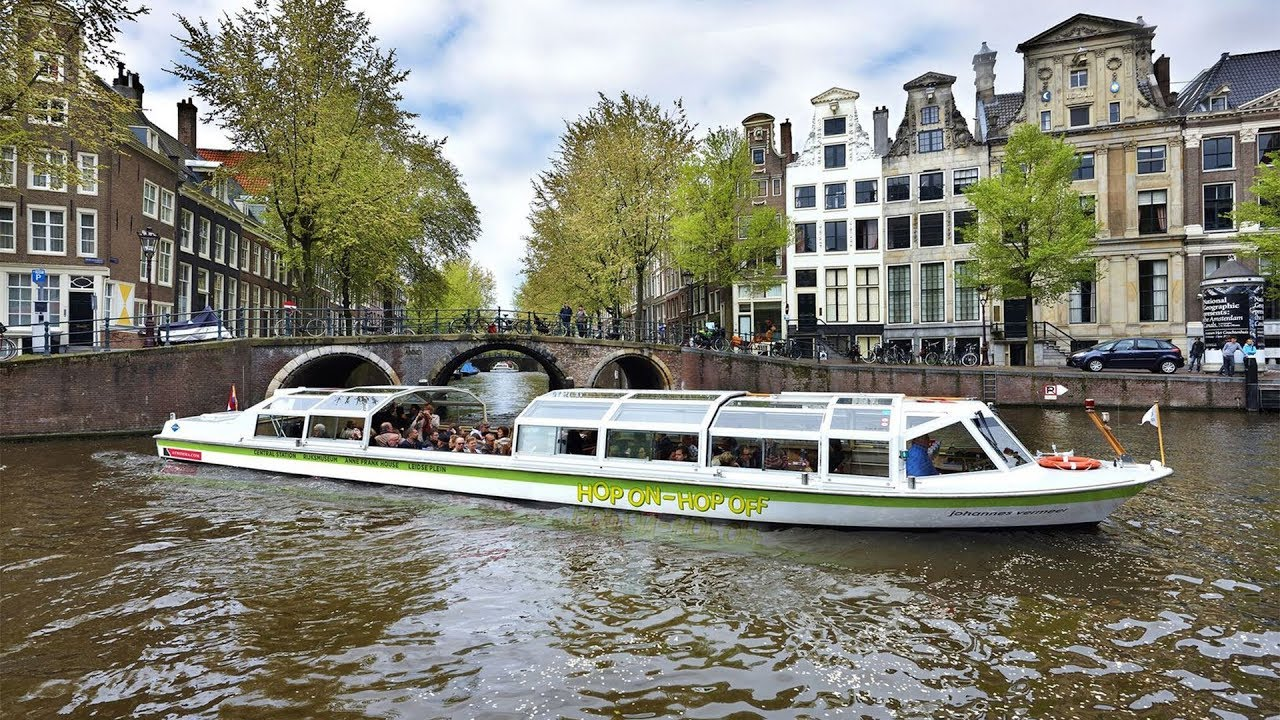 amsterdam canal bus hop on hop off tour youtube. Black Bedroom Furniture Sets. Home Design Ideas
