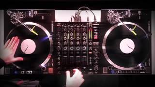 RELOOP RP-8000 STRAIGHT  Turntable in action