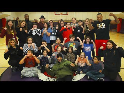 Alvarez, Seals and Verdejo Teach Kids Boxing | Top Rank Boxing Community Day