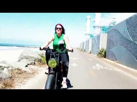 Venice Beach Boulevard UNI Moke Fat Bike Cruising