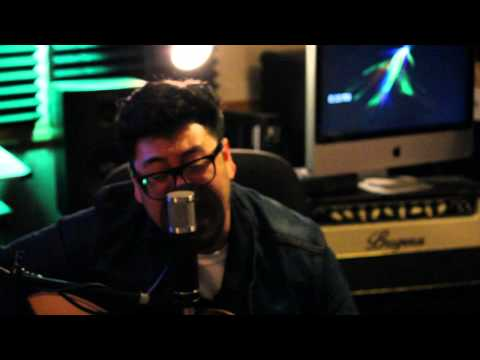 Baixar Bruno Mars - Locked Out of Heaven (Cover by Andrew Garcia)