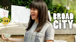 Broad City - Celebrities' Favorite Foods