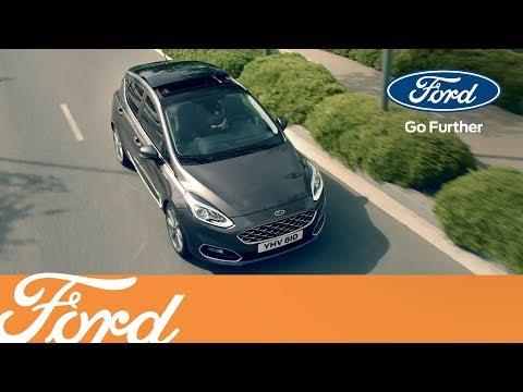 Der neue Ford Fiesta - Öffnungsfähiges Panoramadach | Ford Austria