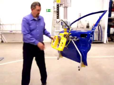 Movomech Mechlift Industrial Manipulator - Automotive Door Handling Demonstration