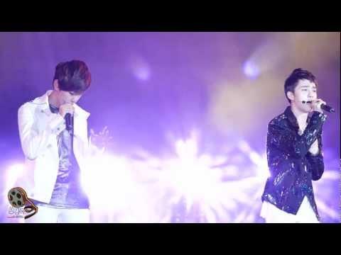 120712 여수 Expo Pop Festival - EXO-K 디오 백현 WHAT IS LOVE [쏭감독].mp4