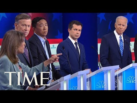 Marianne Williamson's Vibe At Thursday's Debate Was All Love, People Couldn't Get Enough | TIME