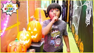 Ryan's Trick or Treat Halloween Box Fort Maze Challenge