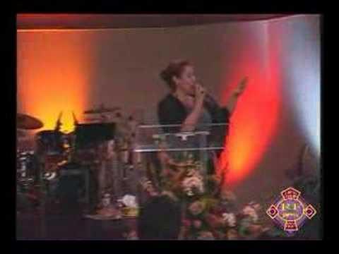 Un dia a la vez Veronica Leal 12 aniversario de Roca Firme