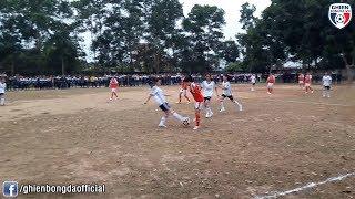 Binh luan Fun | Chết cười với trận bóng đá nữ kinh điển nhất thế giới