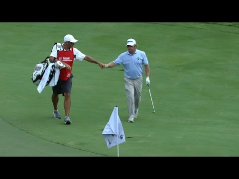 William McGirt scrambles for birdie on No. 12 at the TOUR Championship