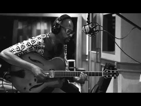 Lionel Loueke Trio | Countdown June 2018 on Newvelle Records