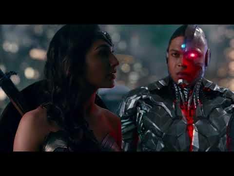 """Liga de la Justicia - Clip '¿Cuántos sois""""' - Castellano HD"""