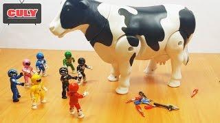 8 Anh Em Siêu nhân giải cứu Chú Bò Sữa khỏi Batman và con rắn hung ác