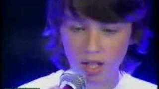 Troye Sivan - Perth Telethon Perfomance '08