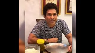 Watch: Sachin asks Yuvraj Singh 'Parathe kitne hai?', in r..