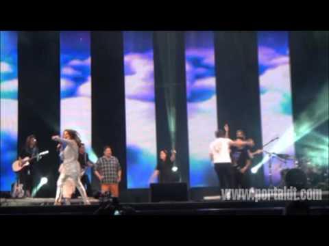 Baixar Medley Minha Pequena Luz e Brilha Jesus - Encerramento Festival Promessas 2012