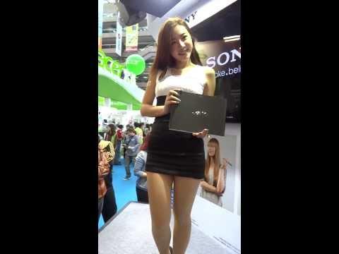 2013[TAIWAN]台北資訊月-必看正妹-Sony-陳思穎 Zora- 商品展示