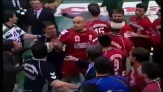 Andebol :: Sporting - 10 x Lovcen - 0 de 2001/2002 Liga dos Campeões