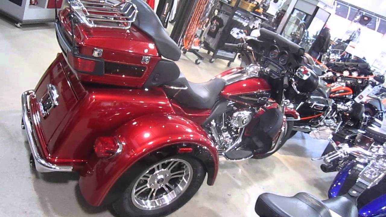 2012 Harley Davidson Flhtcutg Tri Glide Ultra Classic Review: U1055 2012 HARLEY-DAVIDSON FLHTCUTG TRI GLIDE ULTRA