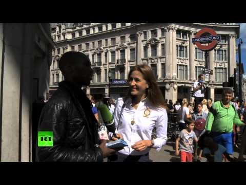 Лондонский обличитель с мегафоном клеймит пороки общества