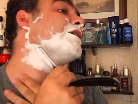 afeitado a navaja y barba dura