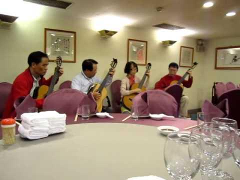 2011 12 04 王有道、黃進丁、林美玲 天廚菜館 - 古老的大鐘