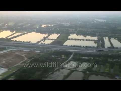 Landing At Suvarnabhumi Airport Bangkok 5d 6 - Smashpipe Travel