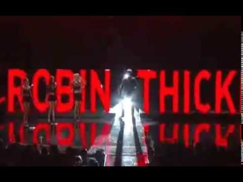 Baixar Robin Thicke Performs Blurred Lines at the BET Awards with Pharrell & T.I.