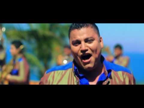 Banda Rancho Viejo - Que Machín  [ Video Oficial ]