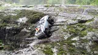 Crawling, Scaling, Water Crossing Axial SCX10 Action - Seb's RC Shop