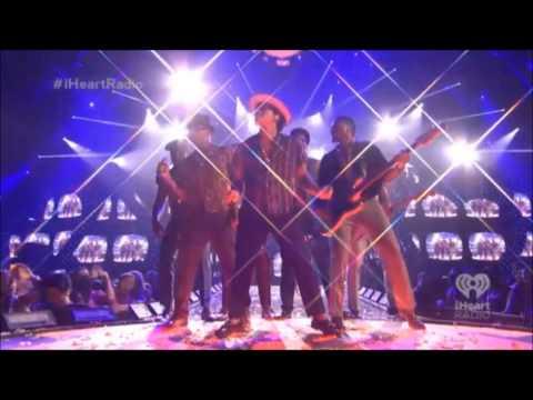 Baixar Bruno Mars - Treasure @ iHeartRadio Festival 2013