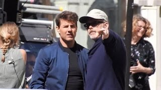 Tom Cruise and director Christopher McQuarrie on the Parisian set of the new Mission Impossible