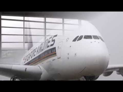 Is That An A380 in Nagoya? (Japanese) | Singapore Airlines